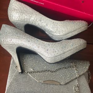 Shoes - Silver bling heels 8 1/2 with matching purse